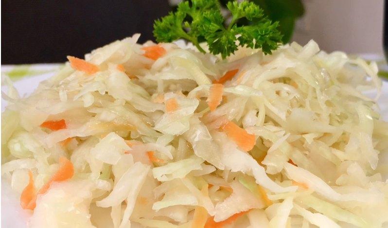 Как квасить капусту, отличный хрустящий рецепт