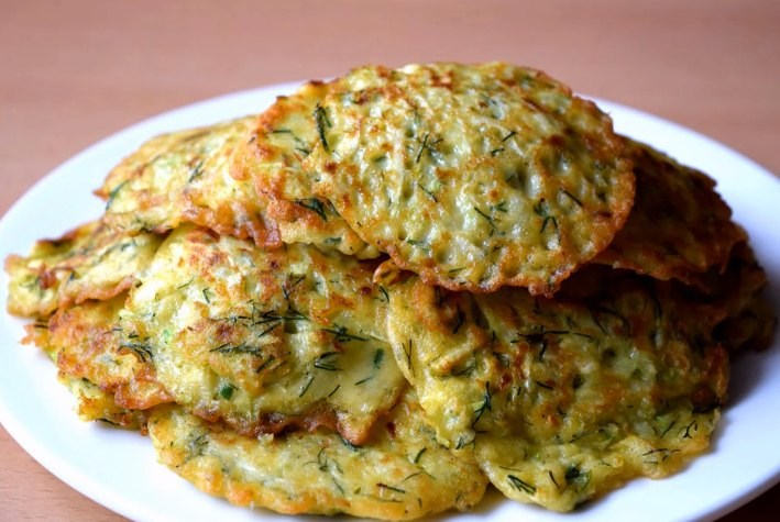 Оладьи из кабачков - рецепт с фото пошагово на сковороде с чесноком