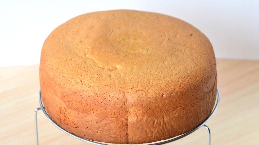 Пышный бисквит для торта - вкусный рецепт с фото