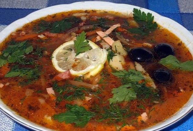 Суп солянка с колбасой - рецепт приготовления в домашних условиях