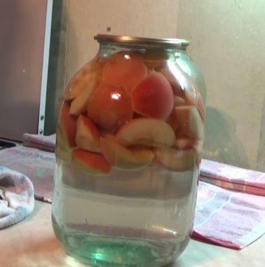 Компот из яблок на зиму на 3 литровую банку - рецепт с фото пошагово