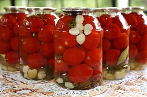Самые вкусные маринованные помидоры - простой рецепт