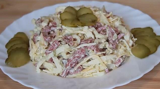 рецепты вкусных салатов +с яичными блинчиками фото