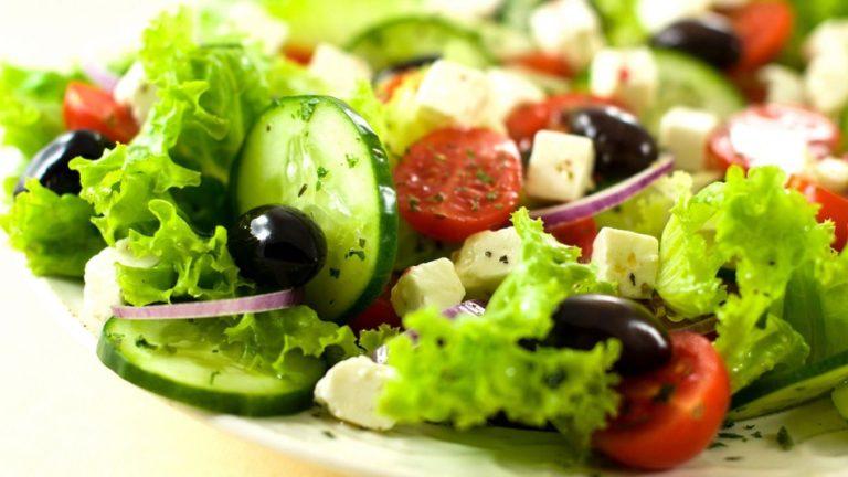 полезный летний салатик