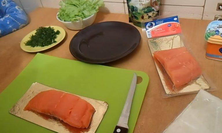 ингредиенты для рулетиков с рыбой