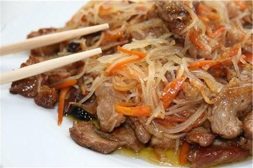 Фунчоза с мясом и овощами рецепт видео