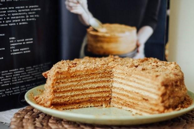 Торт Медовик – ароматная выпечка в домашних условиях