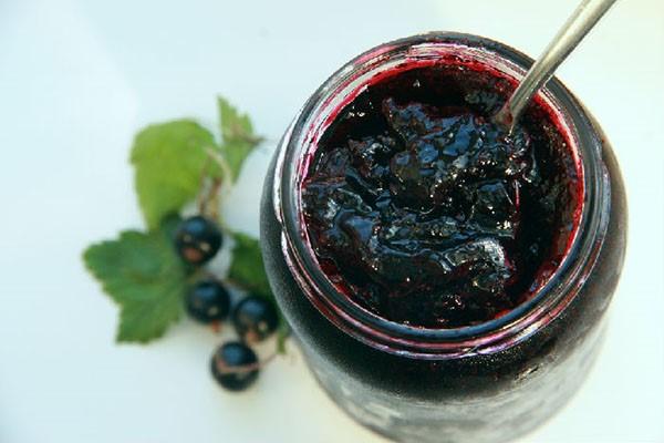 Полезное и вкусное варенье из черной смородины на зиму