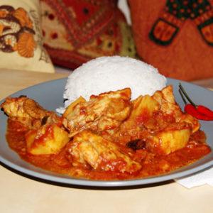 Курочка по-индийскому рецепту — вкусная, ароматная куриная грудка в пикантном соусе.