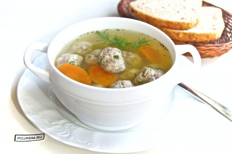 Бульон с фрикадельками – полезное первое блюдо на каждый день по простому рецепту