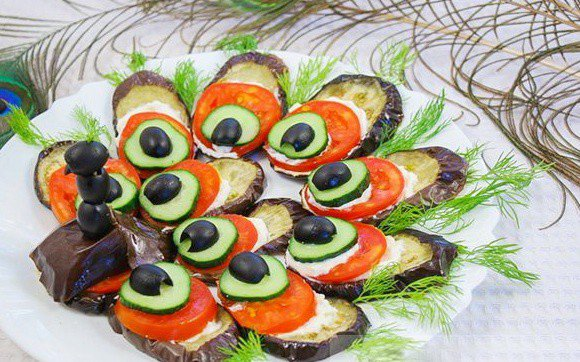 Украшение любого стола – закуска из баклажанов «Павлиний хвост»: рецепт с фото