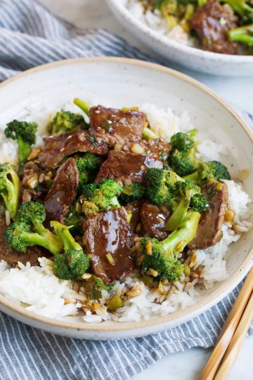 Говядина с брокколи – рецепт сытного обеда