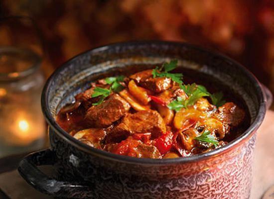 Два рецепта мясного рагу – быстро, легко и сытно!