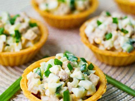 Рецепты салатов из печени трески – вкусно и полезно!
