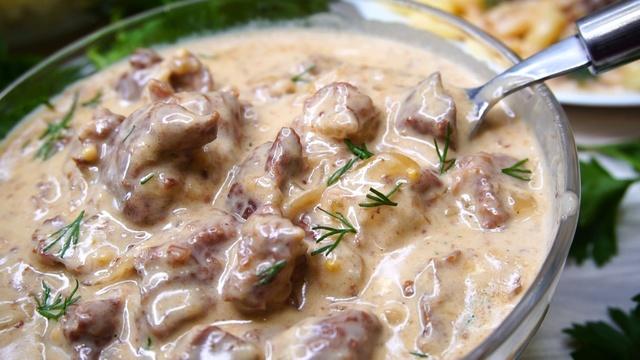 Мясная подлива – мягкое, сочное мясо, которое подойдет к любому гарниру! Пошаговый рецепт с фото