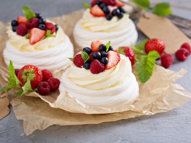 Десерт Павлова – проверенный рецепт. Пошаговая инструкция с фото
