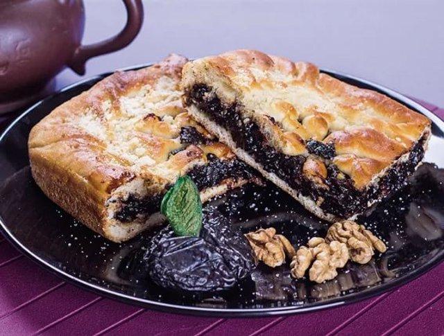 Пирог с черносливом по-львовски – как приготовить вкуснейший десерт дома