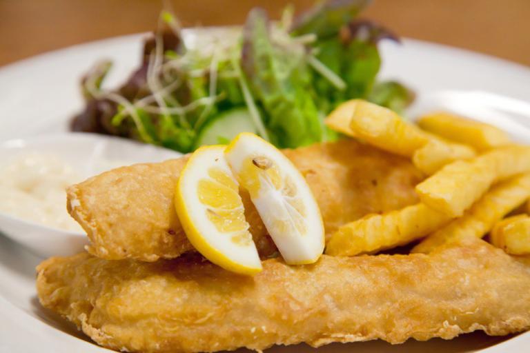 Фиш-энд-чипс по-домашнему – пошаговый рецепт британской классической закуски