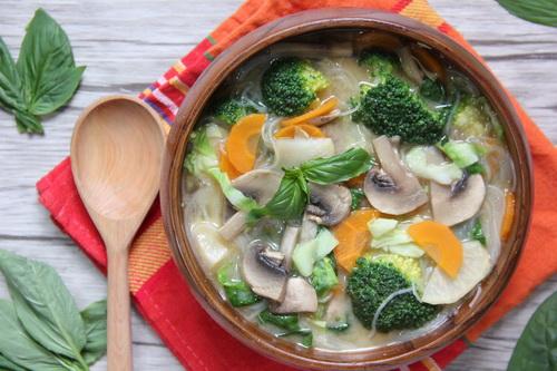 Диетический овощной суп по-тайски из простых продуктов: пошаговый рецепт с фото