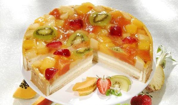 Фруктовый торт – как приготовить вкусный десерт дома с помощью простого рецепта с пошаговой инструкцией