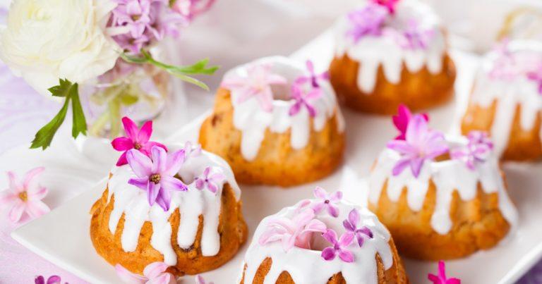 Вкусная и сочная ромовая баба – классический десерт готовим дома
