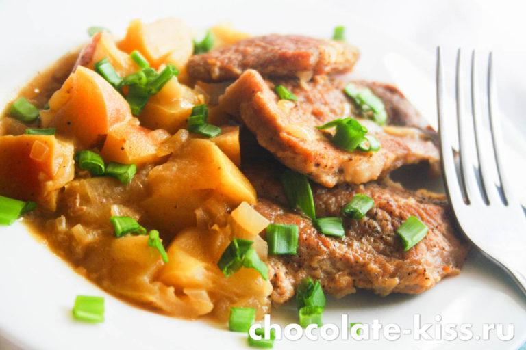 Свинина, тушенная с яблоками – как вкусно приготовить мясо по простому рецепту с детальной инструкцией и фото