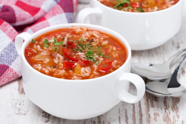 Суп томатный с рисом – как приготовить по легкому рецепту вкусное первое блюдо для всей семьи
