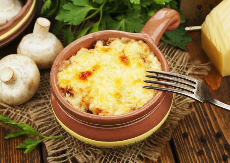 Овощные горшочки с тефтелями – простой и вкусный ужин в домашних условиях