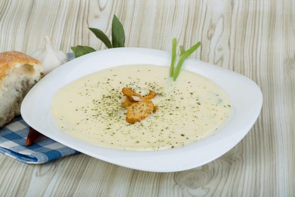 Суп-пюре из цветной капусты – доступный и быстрый рецепт