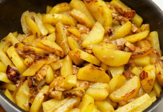 Как правильно жарить картофель: пошаговый рецепт