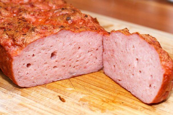 Несколько простых секретов приготовления сочной и ароматной закуски: мясной хлеб по фото