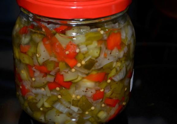 Огуречно-горчичный соус Релиш: оригинальная добавка, которая украсит ваши блюда